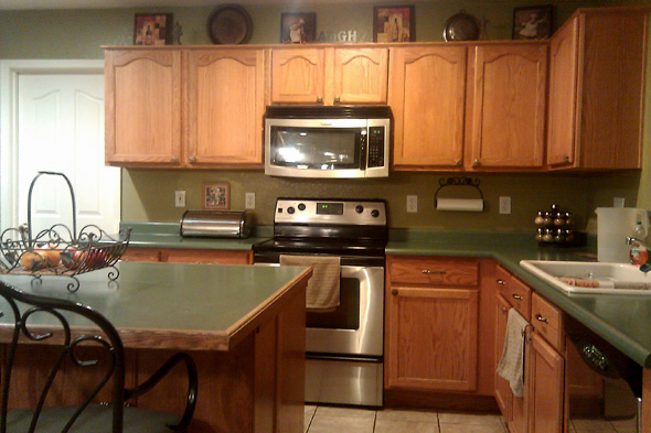 Green Kitchen Countertops